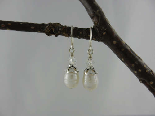 pearls, freshwater pearls, pearl earrings, freshwater pearl earrings, Swarovski crystals, pearl and crystal earrings, pearl and silver earrings, pearl and sterling silver earrings, small earrings, sterling silver earrings, birthstone earrings, June birthstone, June birthstone earrings, birthstone collection, petite pearl